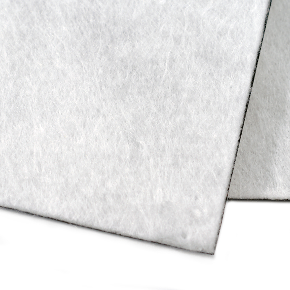 Геомембрана HDPE/LLDPE с геотекстилем (двустороннее термоскрепление)