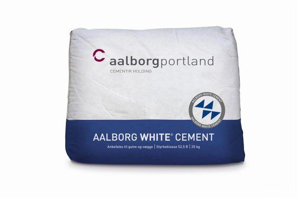 Белый портландцемент ПЦБ-1-700-Д0 Aalborg White - Дания