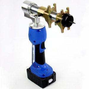 Сдвоенный аккумуляторный инструмент для монтажа PEX труб REHAU