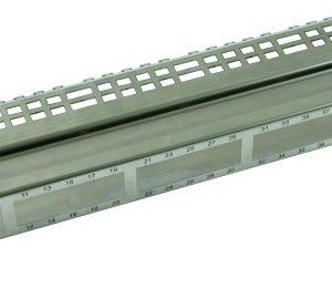 """Неэкранированный корпус шириной 482,6 мм(19"""") 1 вертикальный модуль"""