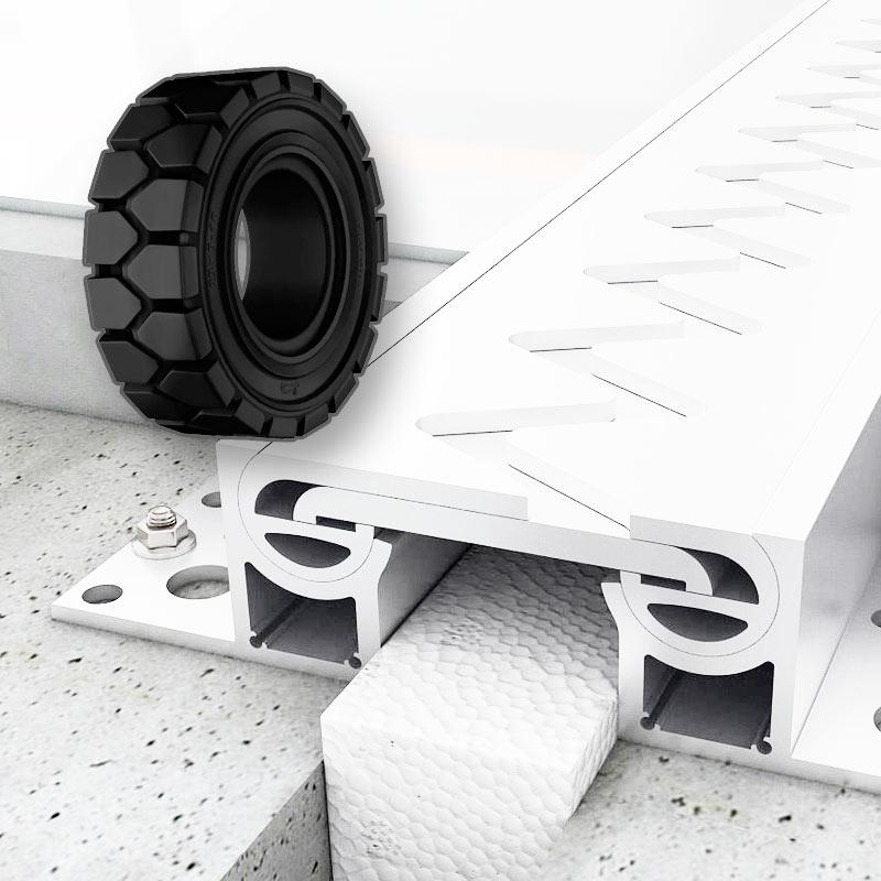 Для складской техники на цельнолитых шинах