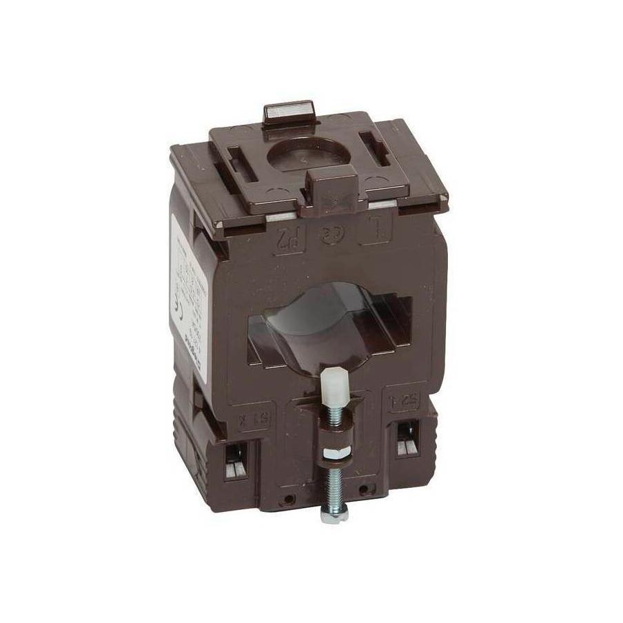 Однофазный трансформатор тока Legrand XL³ 700/5А 8ВА, кл.т. 0,5